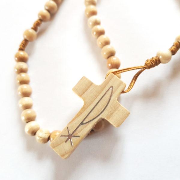Handgeknüpfter Rosenkranz aus Holzperlen