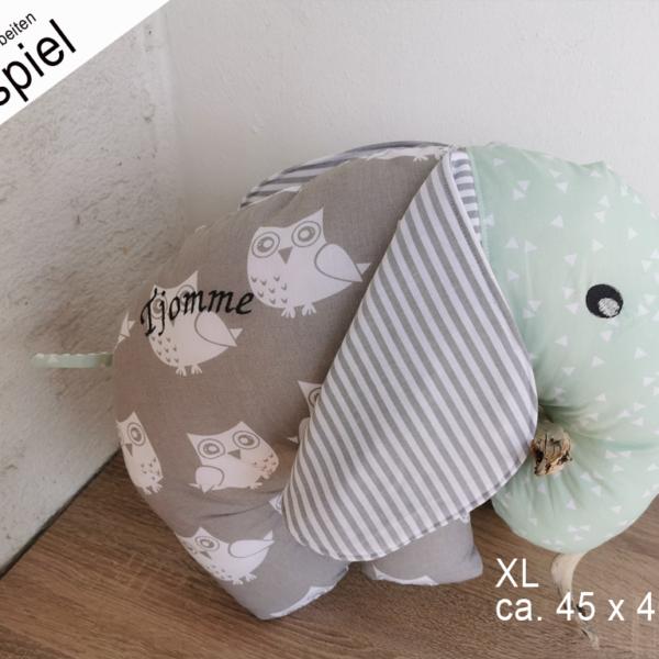 Elefantenkissen genäht aus 3 Stoffen, mit Name und Reißverschluß zum Waschen