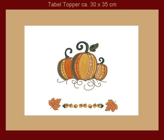 """Patchwork Tischmitteldecke Table Topper """"Pumpkin"""" als Herbstdekoration Tischdekoration mit Kürbis und Herbstblätter"""