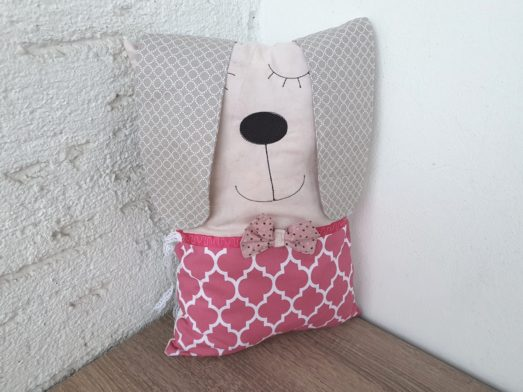 Nestchen Kissen für Bettumrandung in Form eines Hund