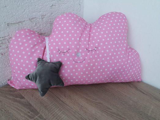 Nestchen Kissen für Bettumrandung in Form einer Wolke