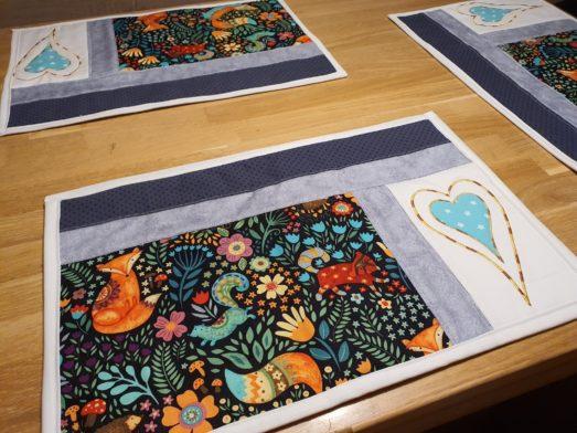 """Tischsets Platzdeckchen handmade Patchwork Design """"Doppeltes Herz"""""""